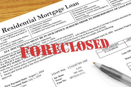 Paper with the words Foreclosure