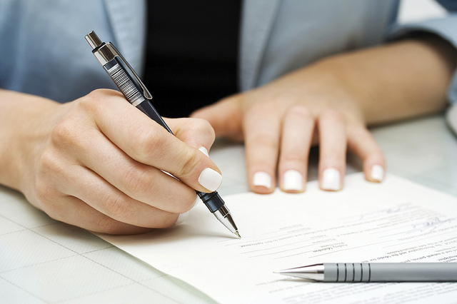 Signing a real estate contract
