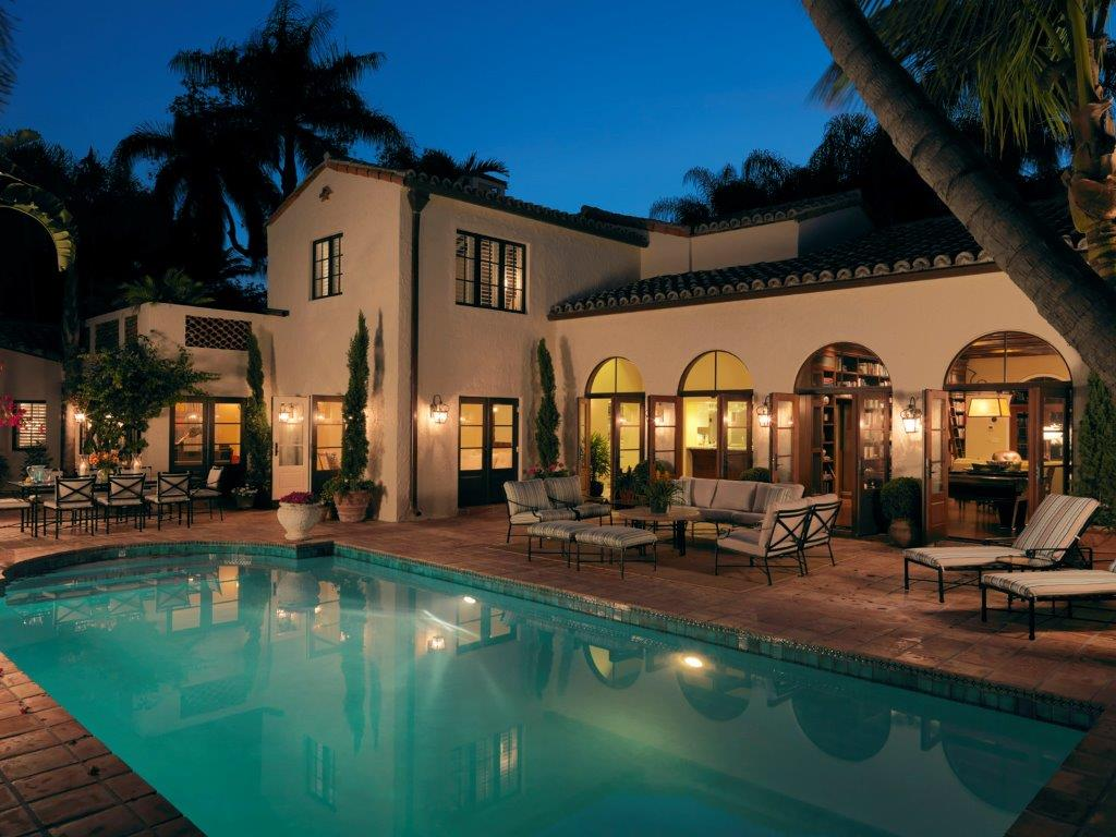 Home For Sale In The Moorings