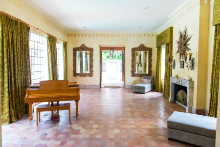 Photo of living room in The Moorings, Coconut Grove, FL